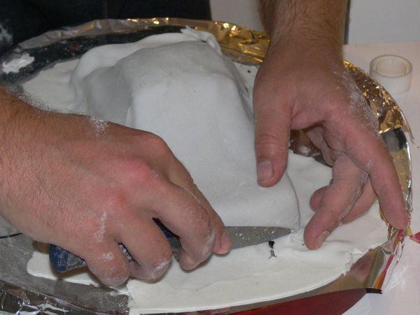 pour le rouge peindre avec un pinceau fin au colorant alimentaire trouv en grande surface rien de plus facile pour les finitions rajouter du rglisse - Colorant Alimentaire Grande Surface